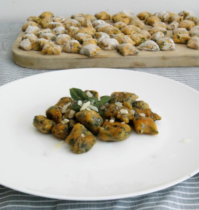 Gnocchi de camote y espinaca