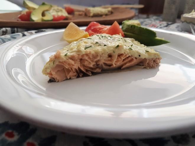 Filete de salmón al limón y parmesano
